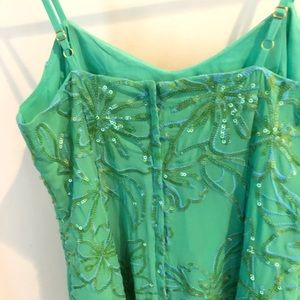 Lilly Pulitzer Dresses - COPY - Lilly Pulitzer Vega Cocktail dress size  2.